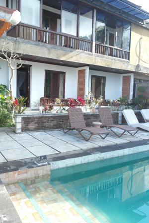 Puri Alam Bali Bungalows: les terrasses de nos chambres
