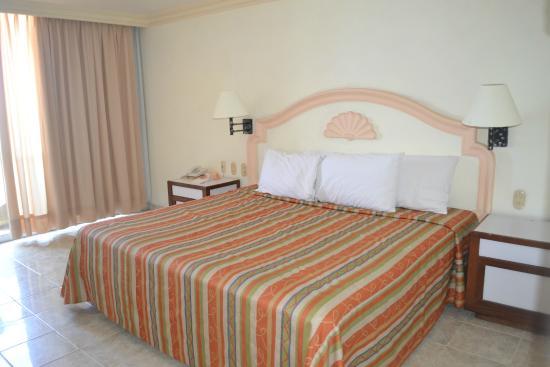 Hotel Sands Las Arenas: Habitación sencilla