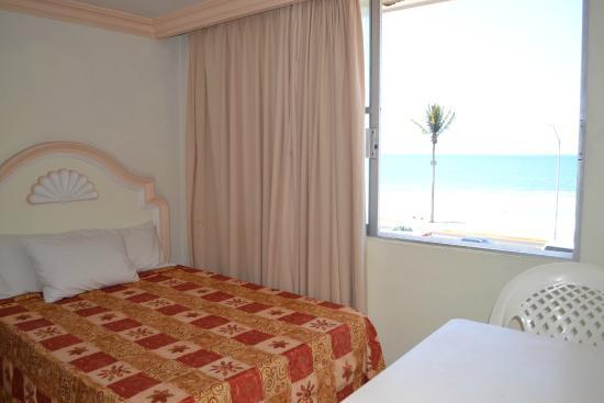 Hotel Sands Las Arenas: Habitación con vista al mar