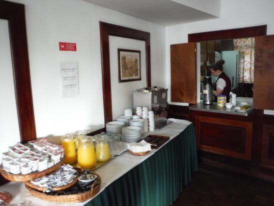 Residencial Greco: Pequeno almoço