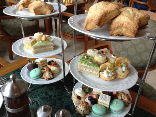 Park 75: Tasty and beautiful afternoon tea