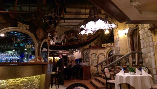 Da Vinci Fish Club: Интерьер Да Винчи ресторан