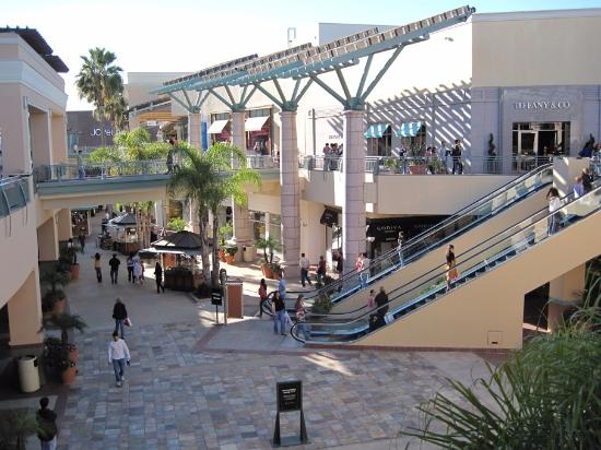 Fashion valley picture of fashion valley shopping center san diego