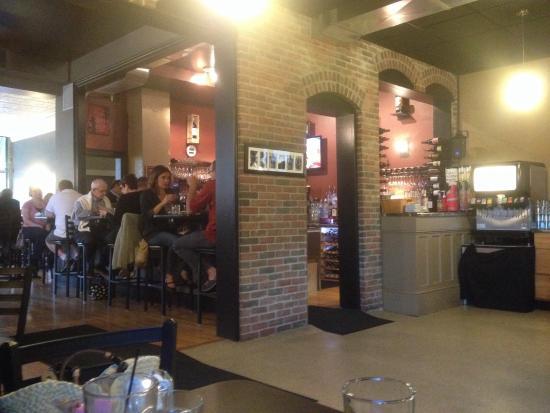 Photo0jpg Picture Of Betas Restaurant Cedar Rapids Tripadvisor
