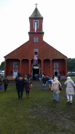 Isla Quinchao, Chile: Church of Caguach and ceremony