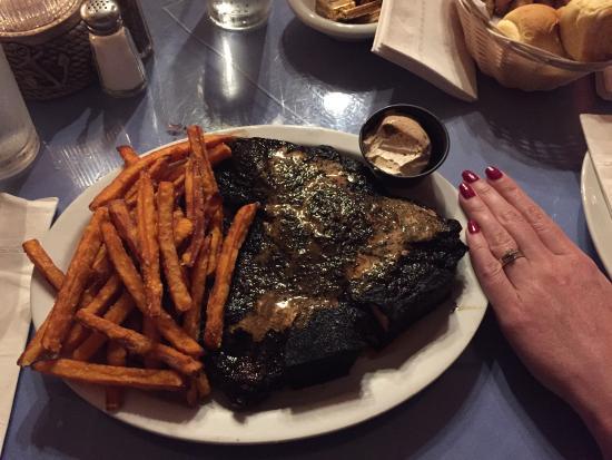 Cliff S Rendezvous Riverhead Menu Prices Amp Restaurant