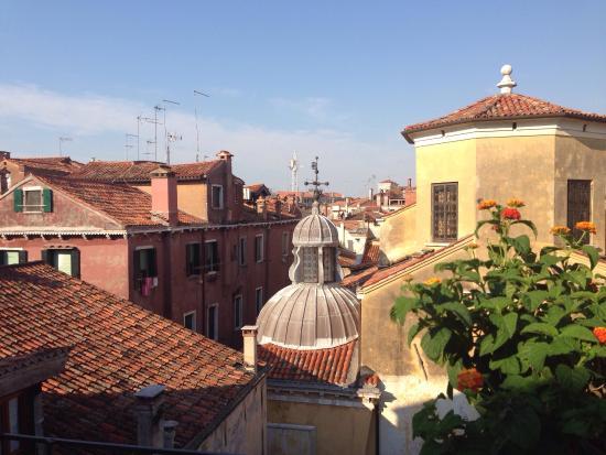 B&B LA TERRAZZA DEI MIRACOLI (Venice, Italy) - Specialty B&B Reviews ...