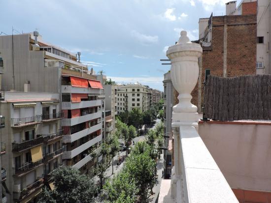 Eric Vökel Sagrada Familia Suites: vue depuis la terrasse