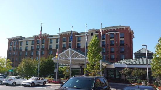 Hilton Garden Inn Rockville - Gaithersburg: View of front