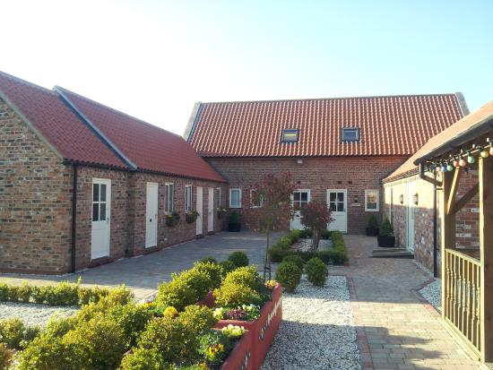 Meals Farm Holiday Cottages and Bed & Breakfast North Somercotes