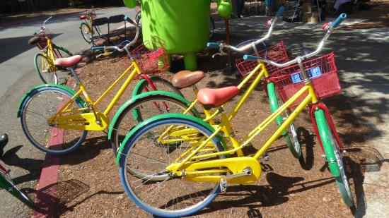 A Friend in Town Tours : Google bikes