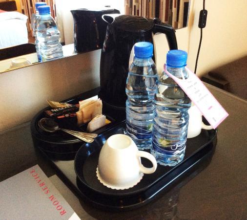 Monroe Hotel Beirut: Executive Premium Tea & Coffee tray
