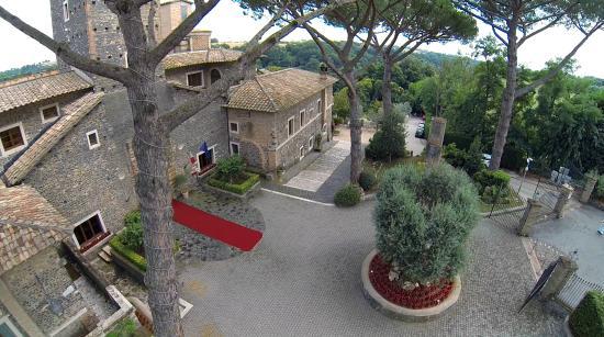 Castello della Castelluccia $114 ($̶1̶4̶2̶) - UPDATED 2018 Prices & Hotel Reviews - Rome, Italy ...