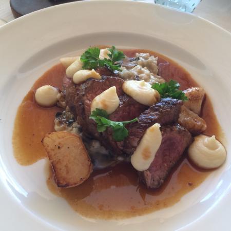 Karoux Restaurant: photo1.jpg