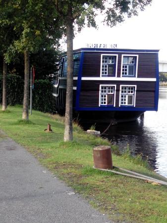 De Barge