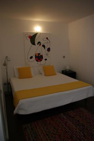 Fine Arts Guesthouse : letto principale