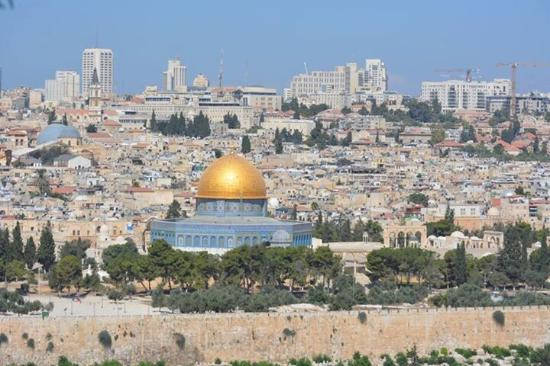 a history and significance of the city of jerusalem Question: what is the significance of the city of jerusalem answer: for millennia, jerusalem has been an important city, often commanding the attention of much of the world, and the city.