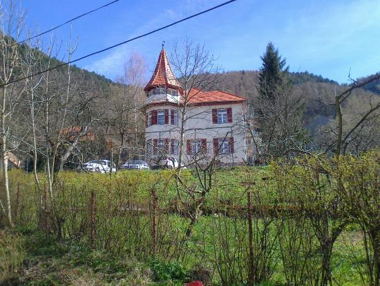 Castel Iezer