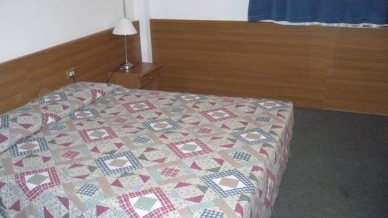 Hotel de la Telecabine: letto