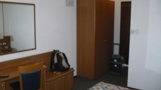 Hotel de la Telecabine: camera