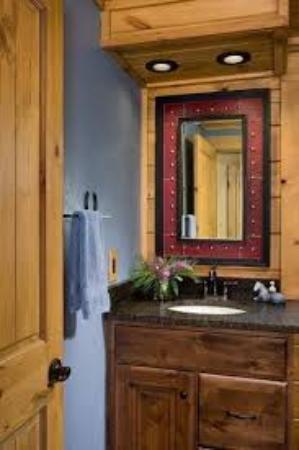 Ferguson, Северная Каролина: Bathroom Vanity