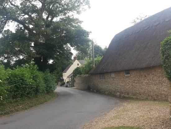 Old Post Cottage: Ride your bike