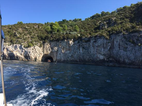 Banana Sport Capri Boat