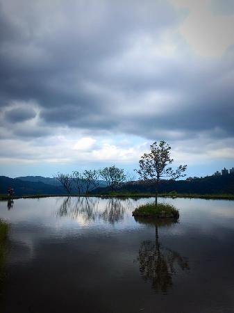 Ba Yan Ye River Hot Spring