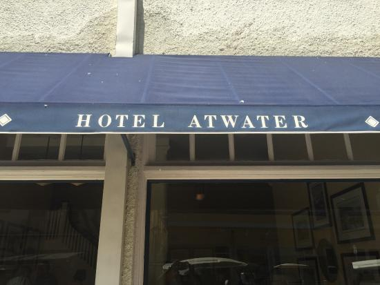 Hotel Atwater: Front Awning