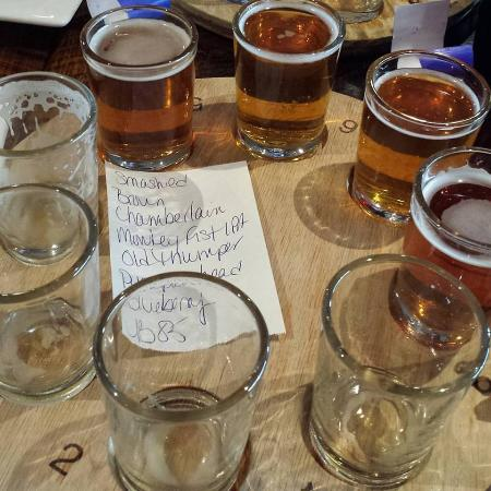 Shipyard Brew Pub Eliot Commons: Flight of 8 beers