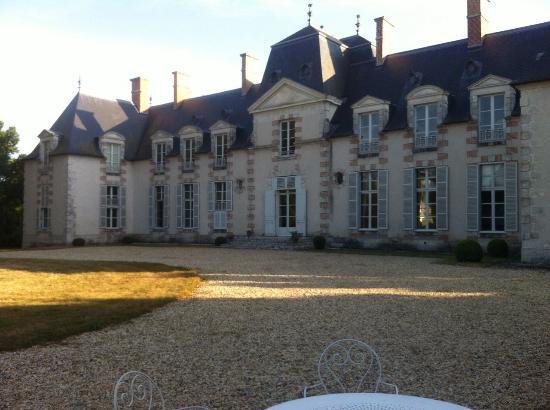 Chateau La Touanne: Chateau