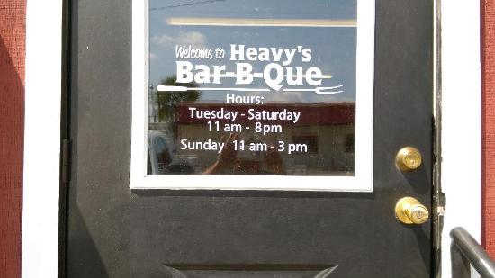 Heavy's Barbecue: Hours