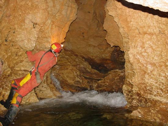 Les Vignes, Francia: rivière souterraine
