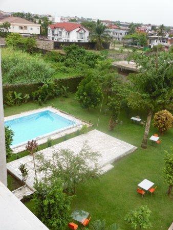 la belle vue sur le pool