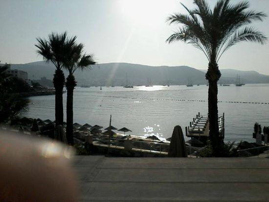 Salmakis Resort & Spa: vanaf terras naar zee