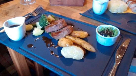 Loch Eck, UK: Quality bar food
