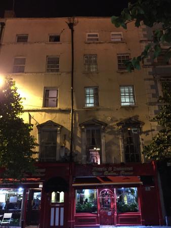 bridge house 24 25 parliament street temple bar d2 dublin: