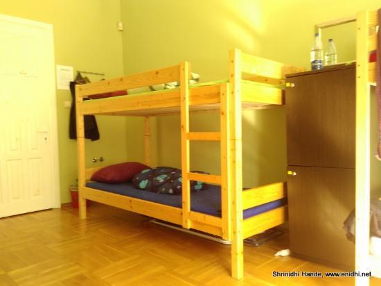 The Monk's Bunk Kaunas: bed