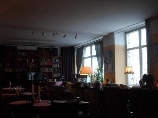 Cafe BilderBuch: Hinterer Gastraum des Cafés