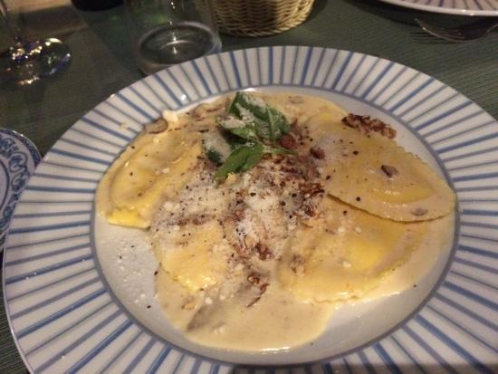 Food - Cafe Latino Sorrento: Lemon ravioli