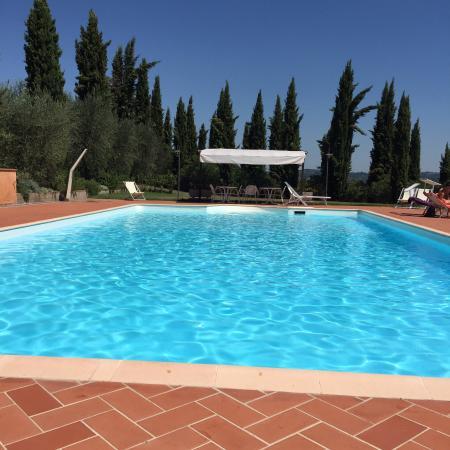 Agriturismo Santo Pietro: Heerlijk zwembad