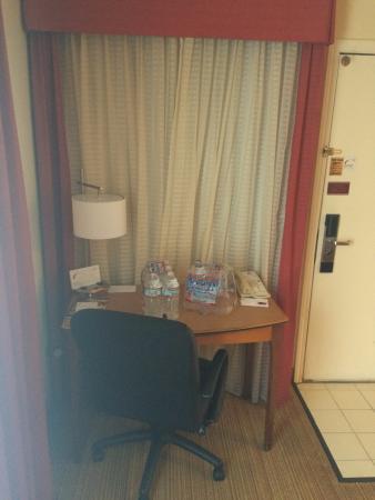 Residence Inn San Jose Campbell: Study Table