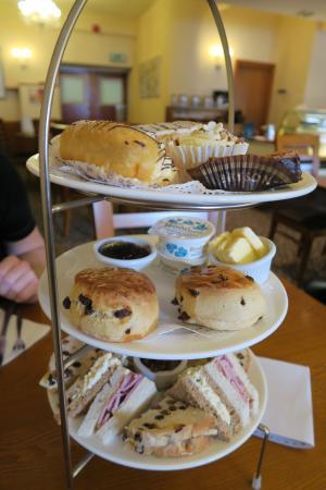 Bryson's Tea Room & Craft Bakery: Afternoon tea for 2