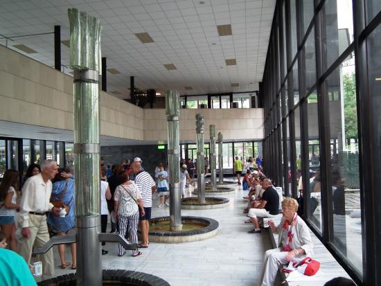 Hot springs in karlovy vary foto de pentahotel prague for Hotel galerie royale prague tripadvisor