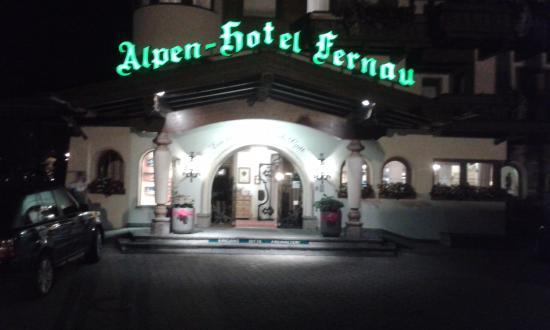 Alpenhotel Fernau: Entrance