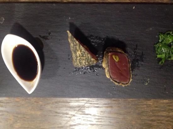 Vinacle: Takaki de thon rouge et vin rouge Gran Albina : un délice