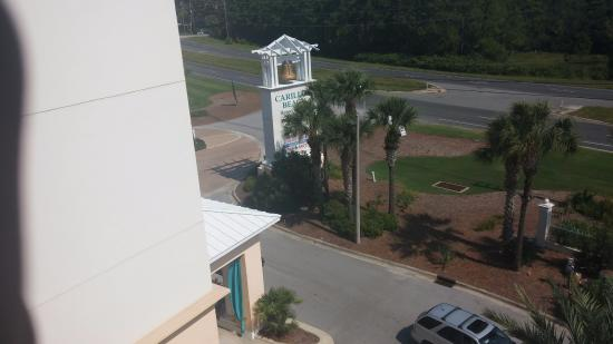 Carillon Beach Resort Inn: Front of hotel