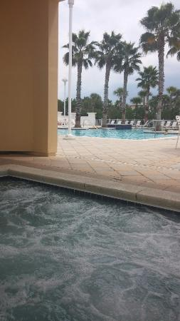 Carillon Beach Resort Inn: Hot tub & Pool