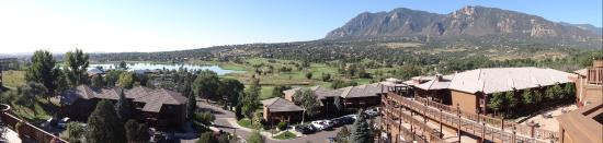 Cheyenne Mountain Resort Colorado Springs, A Dolce Resort: panorama from restaurant