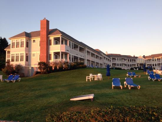 The Beachmere Inn: View of the hotel